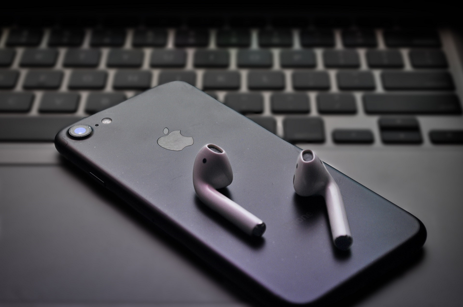 iPhone apple produkty